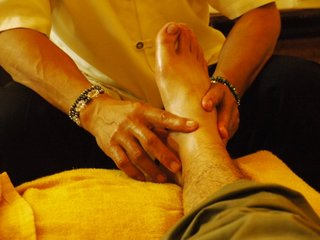 foot massage.jpg